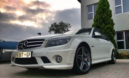 #CarOfTheWeek - The menacing w204 Mercedes C63 AMG