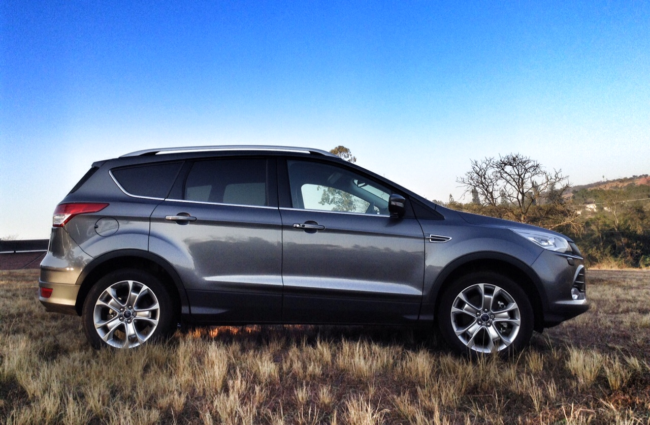 the new ford kuga pioneering the rise of the mid level suv. Black Bedroom Furniture Sets. Home Design Ideas